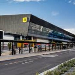 Работа аэропорта Мельбурна прерывалась