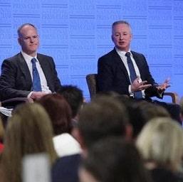 Австралийские СМИ требуют