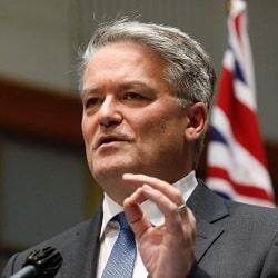 Сенатора Корманна выдвигают на пост главы ОЭСР