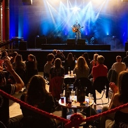 Концертные залы смогут принимать 75% зрителей
