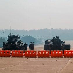 Разорвать военные связи с Мьянмой